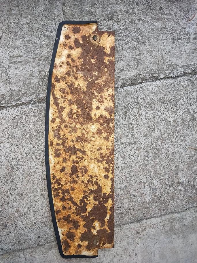 推高機生鏽板材防鏽測試圖片